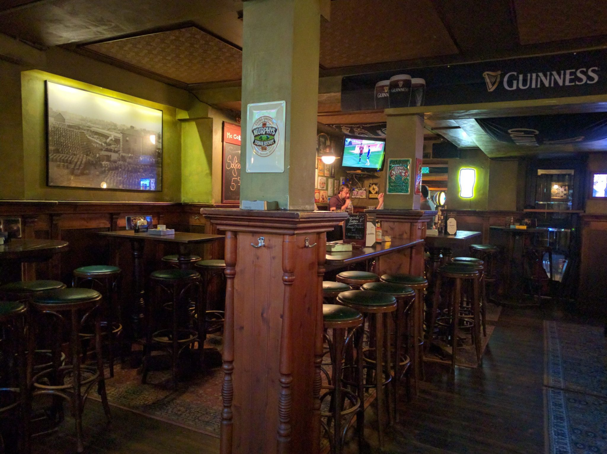 McCormacks | Irish Pub, Lounge, Bar